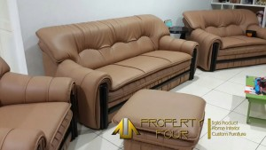 Service Sofa Klasik Ibu Davina Setelah Diperbaiki